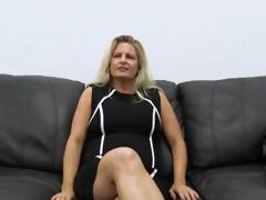Curvy amateur milf masturbates on casting couch