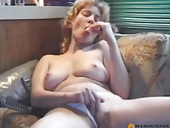 Sexually excited cutie sucks wang