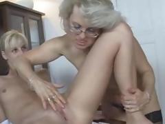 Teen GF enjoys dealings with his mamma